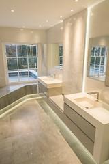 3L5A6501 (terrygrant1) Tags: bathroom porcelain tiling