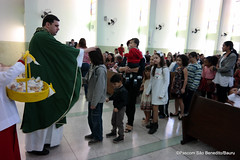 26_jun 2016 BatismoNaMatriz (102) (Paroquia So Benedito/Bauru) Tags: batismo matriz sobenedito crepaldi sacramento 2016