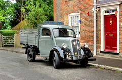 Outside Number 12 (clivea2z) Tags: unitedkingdom greatbritain hampshire southwick drv907 fordson van deliveryvan jlgregory vintagevehicle