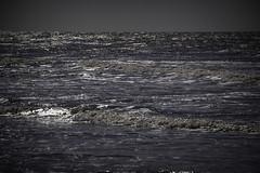 Reflet #2 (ur.bes) Tags: mer sea vagues canon eos 600 600d reflet belgique belgium bruges waves