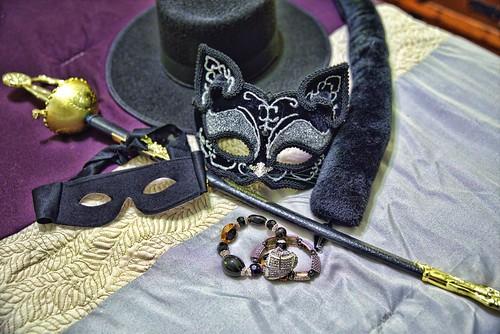 masks sword catwoman zorro