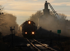 Good Morning ('Sconsin Cental) Tags: railroad wisconsin train sunrise diesel burnett emd shortline gp38 wsor wisconsinsouthern 3811 l595