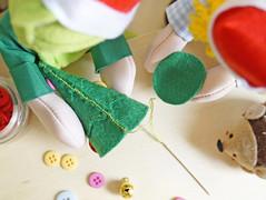 Costure as laterais (Ateliê Bonifrati) Tags: tree cute natal diy craft árvore tutorial pap molde passoapasso bonifrati craftchristmas natalcraft
