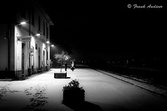 LA FREDDA ATTESA - The cold Wait (Frank Andiver - Trains, transports and more...) Tags: italy snow train canon frank photo italia photos rail trains tuscany neve rails toscana treno fs trenitalia treni ferrovie binario andiver
