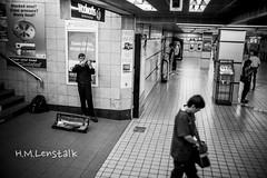 L1149138 (H.M.Lentalk) Tags: life street leica city 2 people urban music 35mm oz sydney australian australia summicron f2 20 aussie 35 asph 1250 m9 black white f20 11882 summicronm