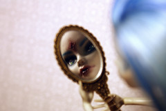 DSC03109 (RedFoxyTail) Tags: monster high doll ooak mh yelps ghoulia