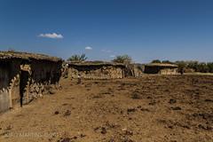 Aldeia Masai || Masai Village (Joo.Martins) Tags: africa canon honeymoon kenya mara 7d tamron masai masaimara masaivillage quenia qunia manyatta tamron1750 canon7d