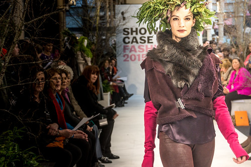 SONIA REYNOLDS PRESENTS HER SELECTION OF THE BEST OF IRISH FASHION- REF-101333
