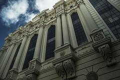 El Gran Teatro (Juliet Garca Photography) Tags: city sky espaa architecture spain arquitectura theatre huelva ciudad cielo
