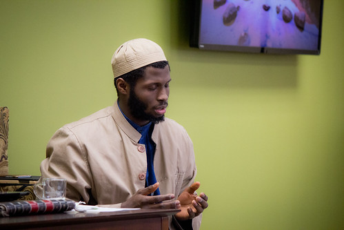 "Shaykh Yahya Rhodus at SeekersHub, Toronto and Seminar Series: Worship, Coffee and The Meaning of Life • <a style=""font-size:0.8em;"" href=""http://www.flickr.com/photos/88425658@N03/26567082780/"" target=""_blank"">View on Flickr</a>"