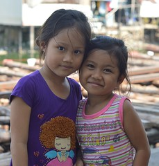 cute friends (the foreign photographer - ) Tags: girls friends cute portraits thailand nikon bangkok lard bang bua khlong bangkhen d3200 phroa may72016nikon