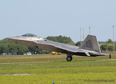 Raptor Recovery (JetImagesOnline) Tags: show fighter force martin air jet airshow raptor stealth f22 roads hampton lockheed usaf 5th base generation langley airpower 094165