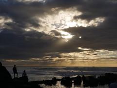 Juste avant la nuit (blogspfastatt (+3.000.000 views)) Tags: ocean light sunset sky cloud sun beach soleil nice lumire ciel nuage crepuscule ocan niebo pfastatt blogspfastatt georgesblaszczyk