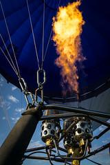 Hot (pesom) Tags: blue hot catchycolors sony hotair brenner heisluftballon flame hotairballoon burner feuer flamme heis a6000 sel1670z