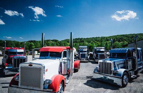 Gooch Trucking Fleet Spring Photo Shoot