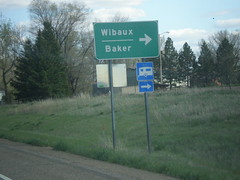 I-94 East - Exit 241 Offramp (sagebrushgis) Tags: sign montana intersection wibaux i94 biggreensign mt7 freewayjunction mts261