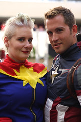 Power Couple (mlle-madeleine) Tags: costumes minnesota geek cosplay captain convergence conventions marvel captainamerica capt fandom captainmarvel steverogers convergence2016 cvg2016