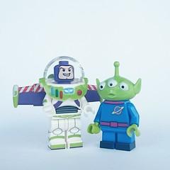 Disney Minifigures (mobedal) Tags: buzz lego toystory buzzlightyear alien disney minifigure toystory2 toystory3
