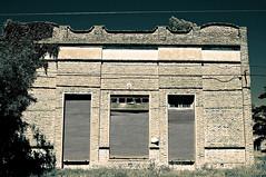 "El infierno es una puerta cerrada • <a style=""font-size:0.8em;"" href=""http://www.flickr.com/photos/131561658@N04/27744466032/"" target=""_blank"">View on Flickr</a>"