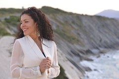 Jessica C. (Michel Seguret Thanks all for 8.800 000 views) Tags: france hendaye corniche portrait portrt ritratto femme mujer frau women donna beauty beautiful sexy ocean brune brunette jessica michelseguret nikon d800 pro sunset coucher couchant paysbasque