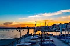 atardece en santander-1 (.MiguelPU) Tags: santander azul noche enochece mar agua sea water spain espaa cantabria barcos nuves cielos sky dorado
