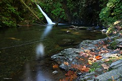 Goldstream Falls (CanMan90) Tags: goldstreamfalls goldstream river campsite fall longexposure uppergoldstreamtrail cans2s leaves autumn october outdoors waterfall canon rebelt3i victoria britishcolumbia vancouverisland
