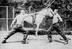 Duel au sabre (mdle 1822) entre artilleurs Français - 1900 (Vasnic64) Tags: france vintage sabre duel escrime
