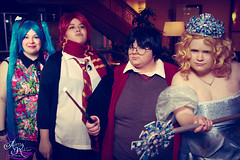 Glinda Good Witch, Harry & Ron & Miku (Alyssa Rohler Photography) Tags: anime cosplay harrypotter convention 2014 izumicon mikuhatsune glindagoodwitch alyssarohlerphotography harryronmiku