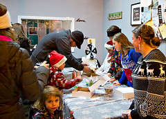 2014 Old Fashioned Village Christmas - Movement Speaks (BabylonVillagePhotos) Tags: santa christmas old people horse kids night shopping studio fun dance movement commerce vi