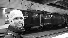 aprile / maggio 2014 svezia nokia 808 pure view #56 (train_spotting) Tags: grace pinay sjab asea stockholmcentralstation pureview nokia808 stoccolmastazione svenskajarnvagar rc61362