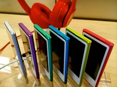 iPod at Apple Store (JulyRiver) Tags: red music colors ipod device 365 photostream iphone itouch