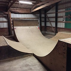 "We added the grind box as a 2' vert wall and had some painful fun. • <a style=""font-size:0.8em;"" href=""http://www.flickr.com/photos/99295536@N00/15960456872/"" target=""_blank"">View on Flickr</a>"