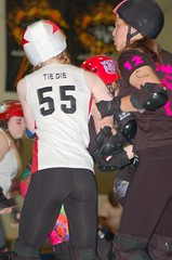 141 (Bawdy Czech) Tags: city november oregon lava track die dolls flat bend or rollerderby tie kittens skate junior roller jabba juniors gems emerald derby cinder 2014 lcrd