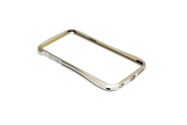 [邀測] DRACO VENTARE 6 Plus 航太鋁合金保護框 – 香檳金 5.5 吋用 @3C 達人廖阿輝