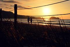 itsasertzean pasiran... (anabelgarpe) Tags: sunset sea summer sky naturaleza beach nature relax landscape atardecer nikon raton playa paisaje euskadi zarautz getaria d7100 nikond7100