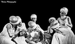 Florent Mothe (Roi Arthur) (florinephotographies) Tags: show blackandwhite monochrome artist noiretblanc singer spectacle lgance chorgraphie scne fondnoir roiarthur florentmothe lalgendeduroiarthur