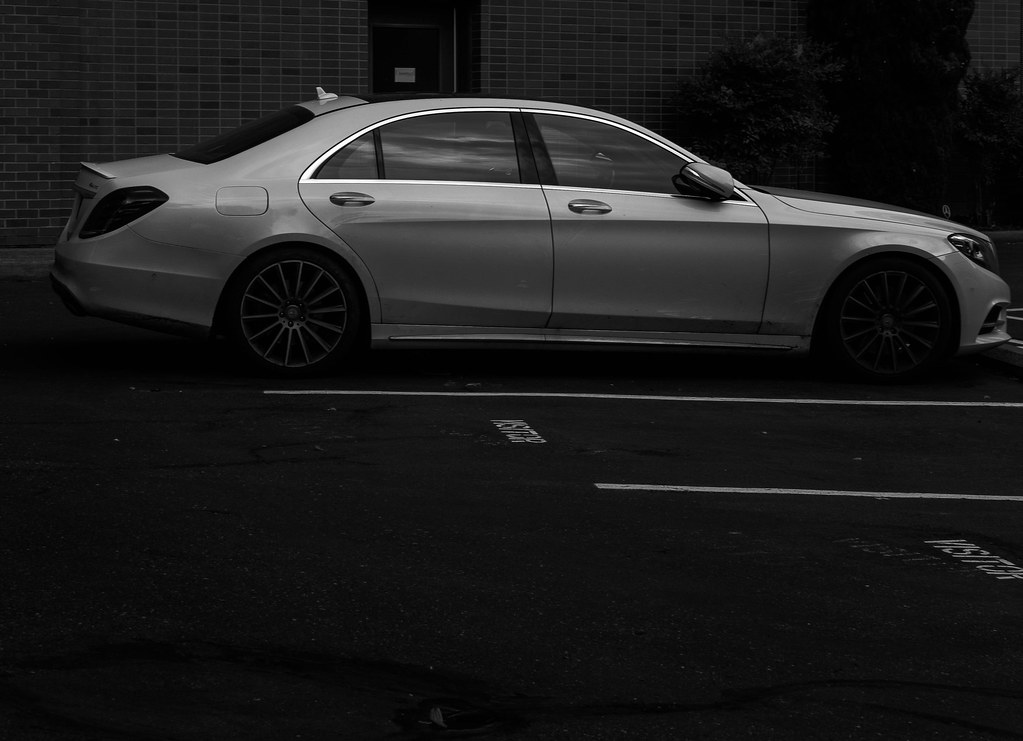 The world 39 s best photos of 4dr and wheels flickr hive mind for Mercedes benz downtown portland