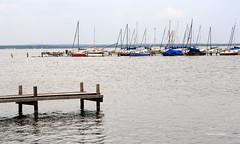 26-IMG_1907 (hemingwayfoto) Tags: anleger landschaft norddeutschland regionhannover schiff segelboot segeln sport steg steinhude steinhudermeer