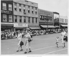 Square in May, 1949 (3) (indepsquare) Tags: west square fire office maple kirby moody post lexington president 1940 harry bank bowl presidential historic motors celebration 1940s missouri bowling independence avenue pleasant truman 607