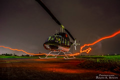 B206 Jet Power Ranger jajaja (rogersrincon2893) Tags: helicoptero luces verde helipuerto hangar aeropuerto nubes noche rayo de luz