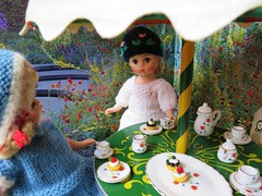 Vintage Dolls Tea Party (the pen corner *) Tags: vintage garden miniatures teaparty madamealexander chinateaset handmadedollclothing goodgollymissdollyuk handcraftedgermanoutdoorfurniture
