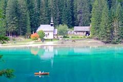 Lago di Braies - Dolomites - Italie (Suzie from Qubec, Canada) Tags: