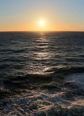 Love this shot, sunset at sea (PositiveLad) Tags: tom hayes emerald princess cruise cruiseship ship cruises cruising ukpositivelad positivelad cocktails sunset shiplife crown grill caribe c522 southampton uk guernsey food drink