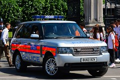 BU60 BZK (S11 AUN) Tags: london metropolitan police landrover rangerover l322 tdv8 4x4 seg special escort group anpr traffic car roads policing unit rpu 999 emergency vehicle metpolice downingstreet whitehall westminster primeminister pm davidcameron fsu firearms support arv armed response bu60bzk