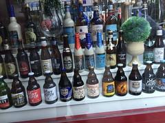 Belgian chocolate (Pierre  VanCouver) Tags: bier bourgognedesflandres beer cerveza bire birra cerveja pivo piwo l  bjr belgian