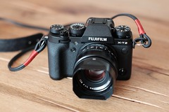 Finally mine! (Funkraft) Tags: new camera fujfilm xt2 wood