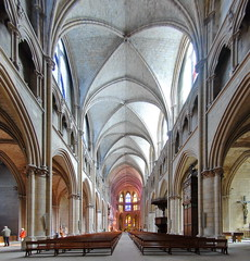 Interior Cathedral Nevers (Lux4u2) Tags: nevers france lux4u2 cathedral stcyr interior