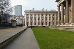 Mens sana in corpore sano ( dieffe) Tags: corse run course britishmuseum jogging londra regnounito carrera corsa inghilterra footing