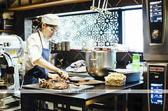Milse chef in Auckland (Naomi Rahim (thanks for 2 million hits)) Tags: travel newzealand people cafe nikon cook auckland chef nz northisland travelphotography milse nikond7000