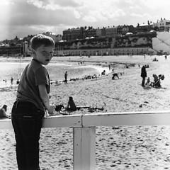 Broadstairs (FleurBone) Tags: bw mamiya tlr c220 film beach mediumformat seaside kid streetphotography shore broadstairs